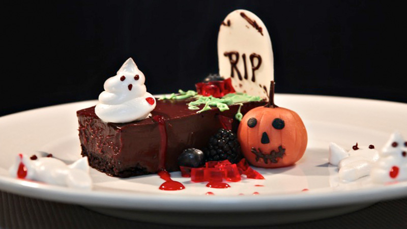 carnival-cruise-line-halloween-dessert-chocolate-tombstone
