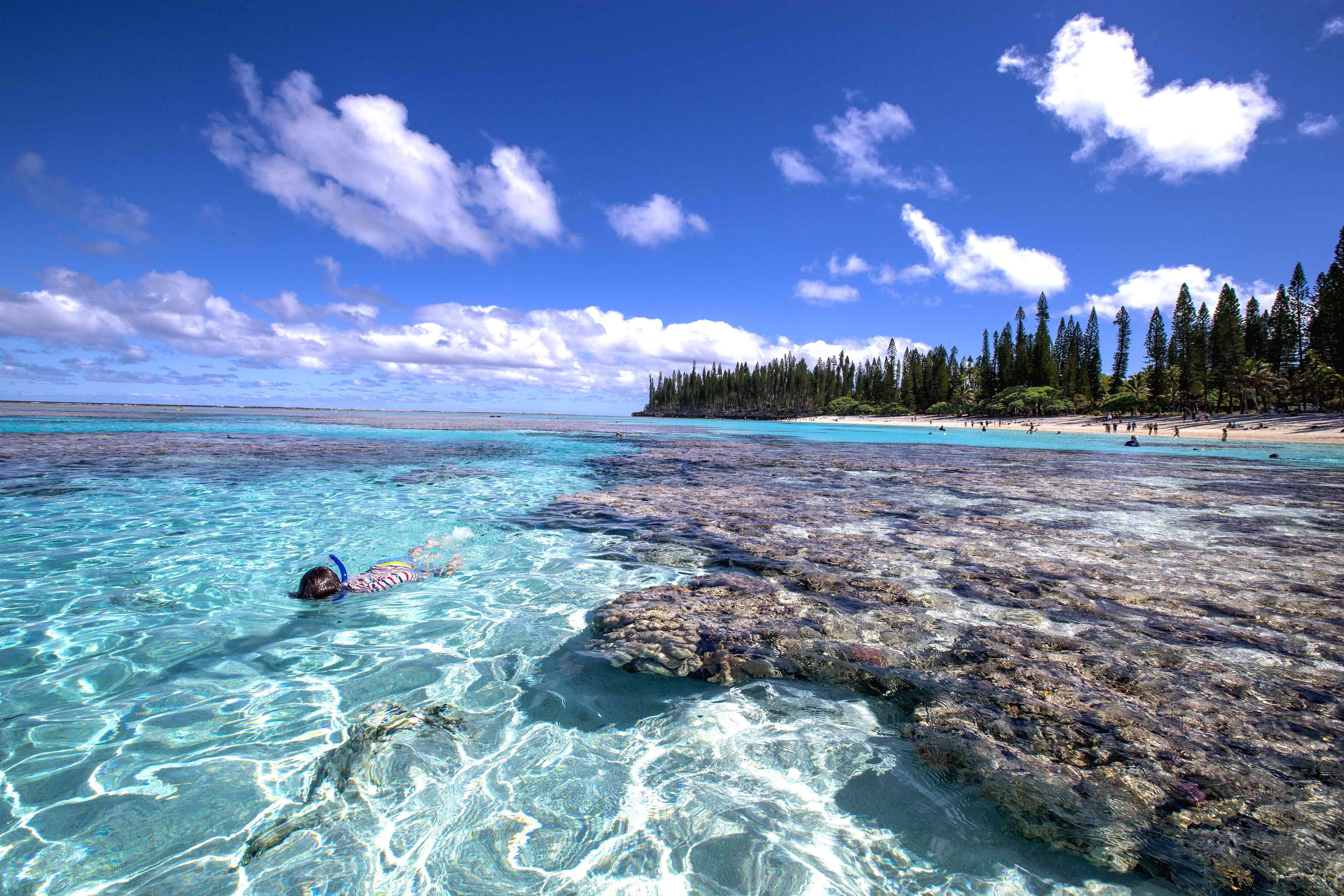 swim-snorkel-yejele-beach-new-caledonia-travelling-with-kids-3