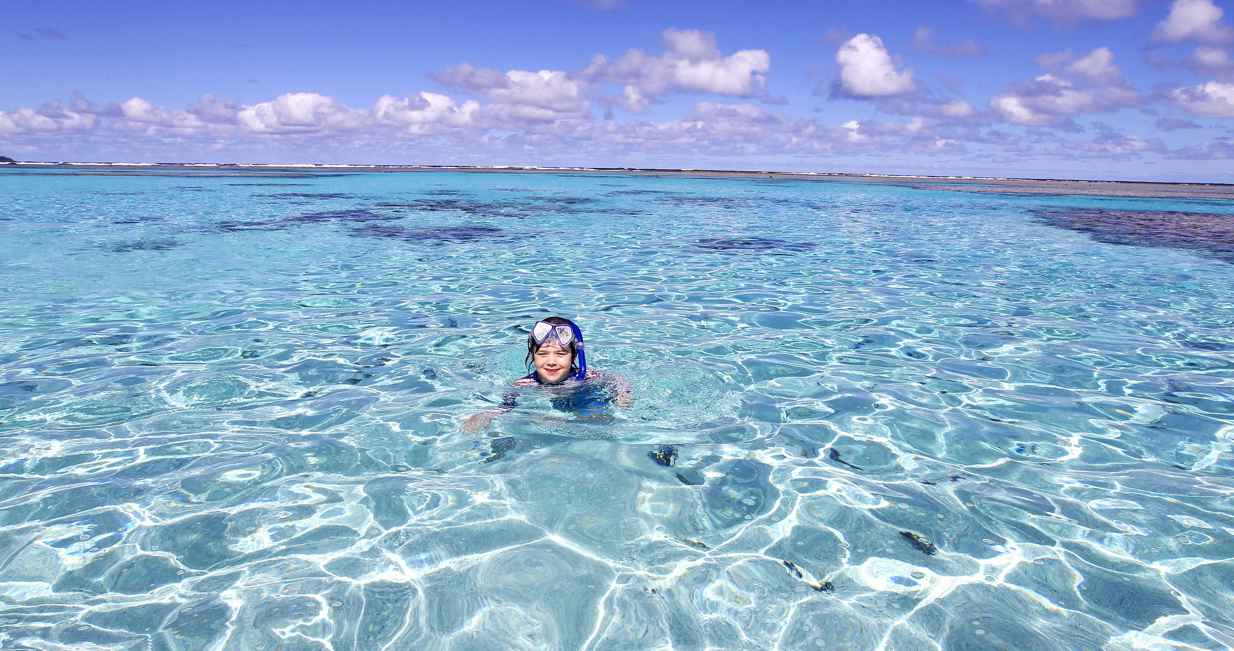 swim-snorkel-yejele-beach-new-caledonia-travelling-with-kids-4