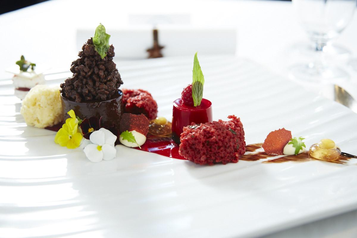 Carnival-Chefs-table-dessert