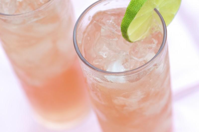 Paloma brava cocktail