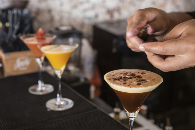 Man preparing coffee martini