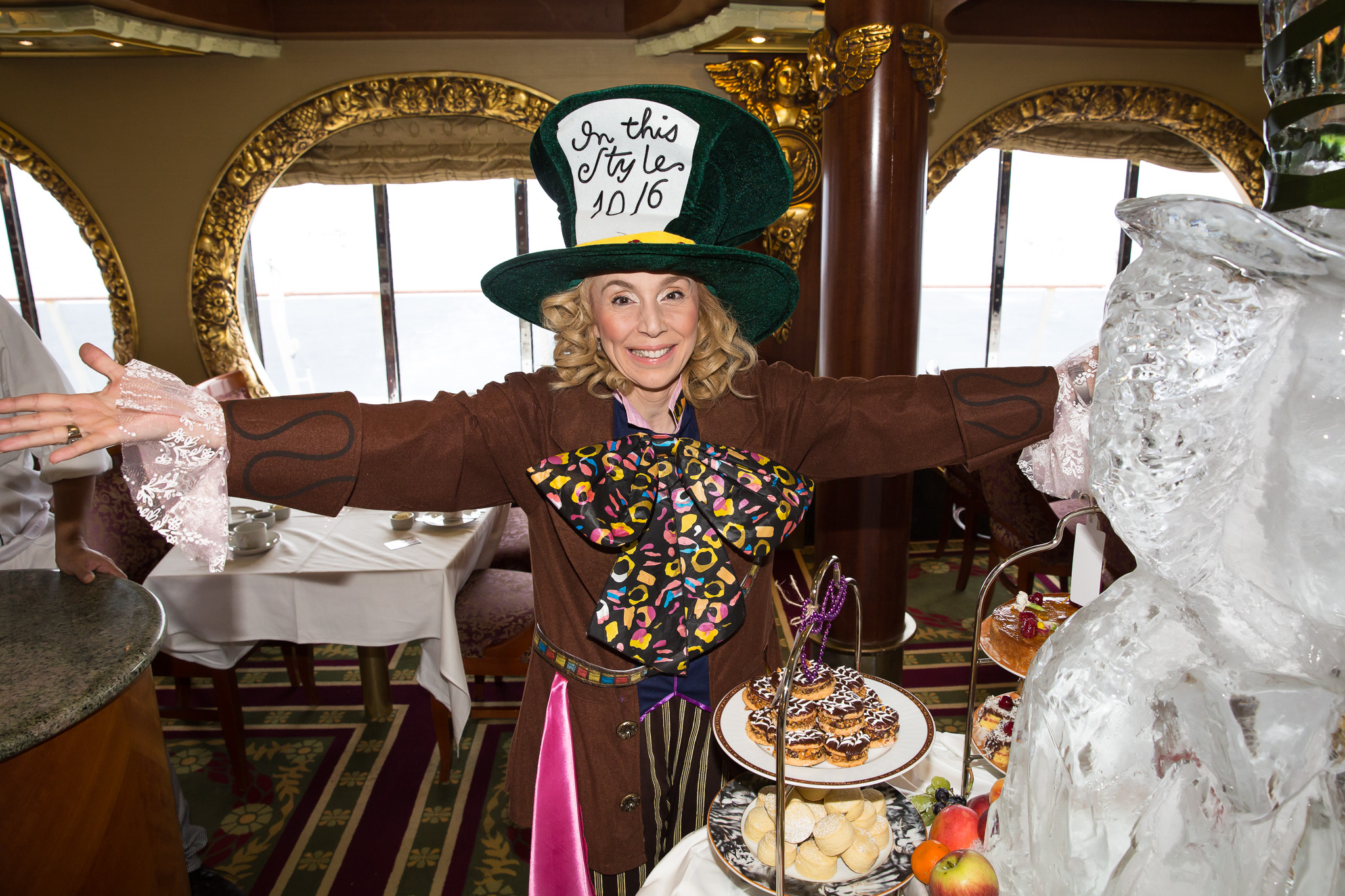 Top 5 items to pack for a Melbourne Cup cruise - Cruise Tips